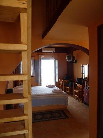 Merovigla Apartments: View from kitchenette