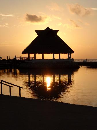 Heaven at the Hard Rock Hotel Riviera Maya: Aventura Spa Palace Sunrise