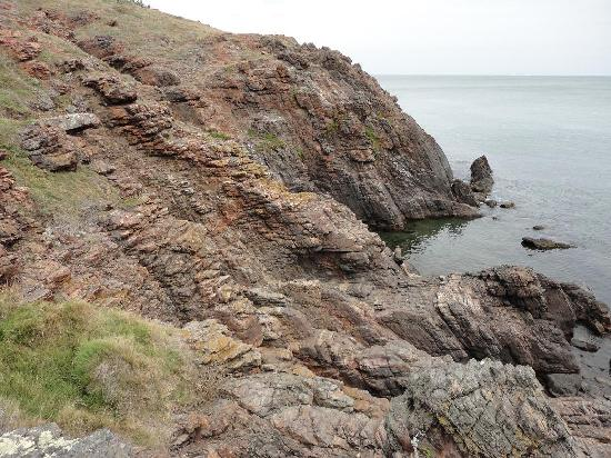 Punta del Este, Uruguay: Acantilado en Punta Ballena