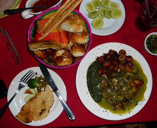 Las Trojes: Pollo relleno, creamed spinach and roasted potatoes