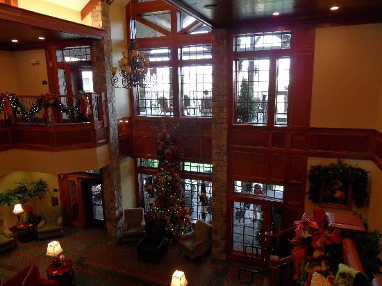 The Inn at Christmas Place: the 2 level  lobby