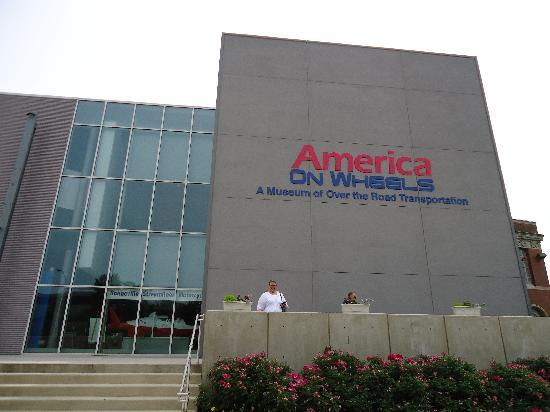 America on Wheels Museum : The museum