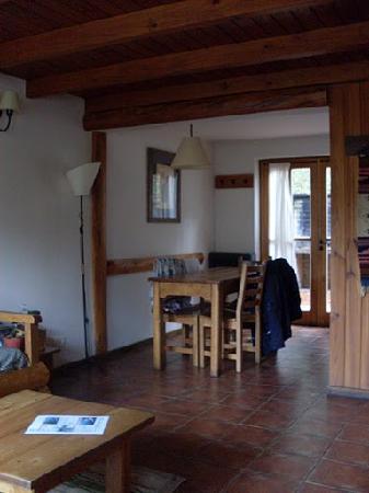Las Cumbres Apart & Suites: Living