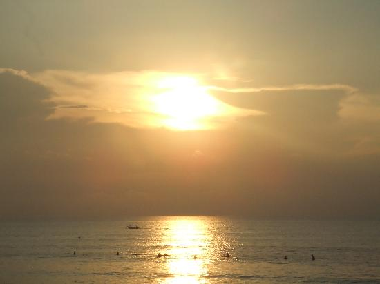 เซมินยาค, อินโดนีเซีย: Sun Set Seminyak