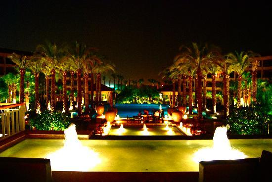 Dusit Thani LakeView Cairo: the pool area at night