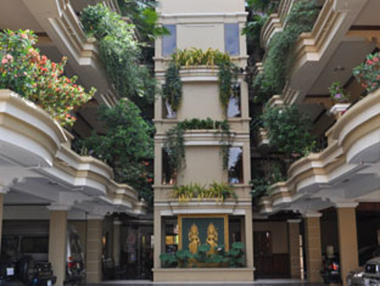 Golden Apsara Hotel : Hotel Exterior