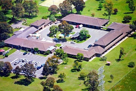 Quality Inn Carriage House: Aerial View of Motel