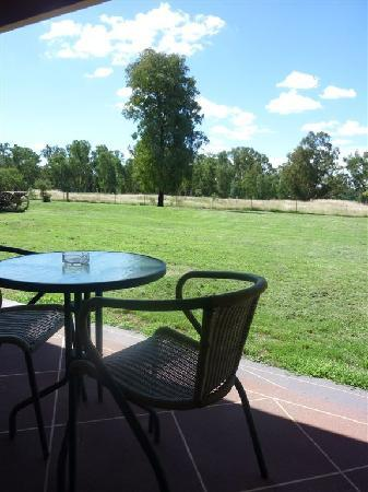 Quality Inn Carriage House: Private Balconies with Rural Views