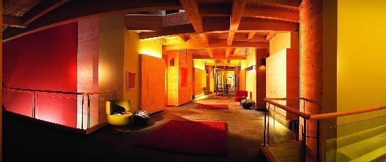 Naturhotel Waldklause : Hotelflur