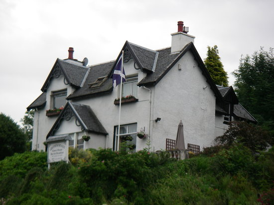 Glenmorven Guest House: It doesn't always rain