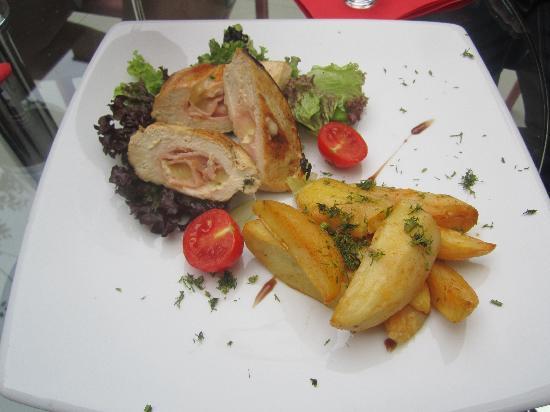Hotel Christina: Amazing food!