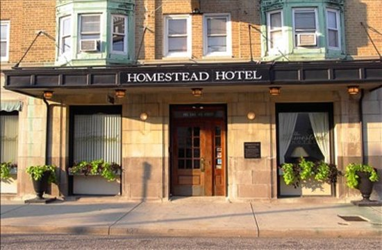Homestead Beach Hotel: Front door