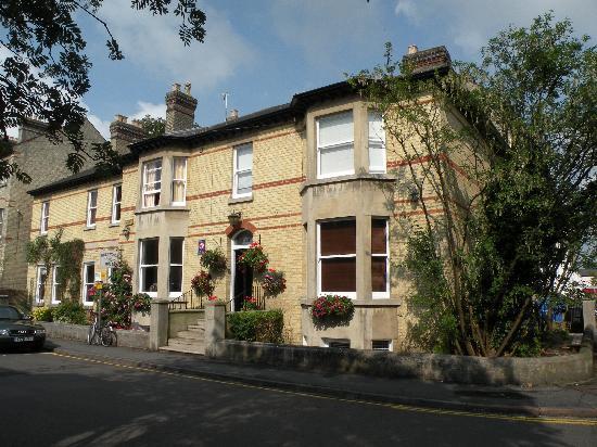 Warkworth House - house on the corner.