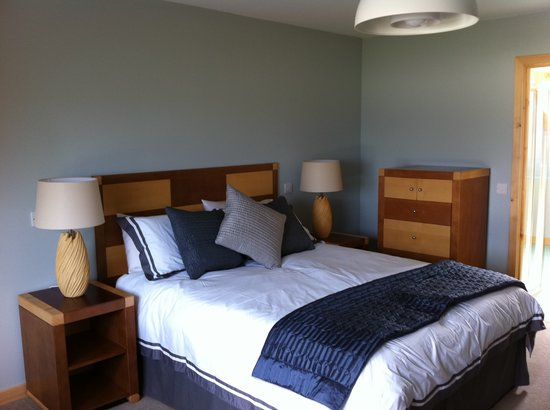 Auberge Carnish: Incredibly comfortable bed