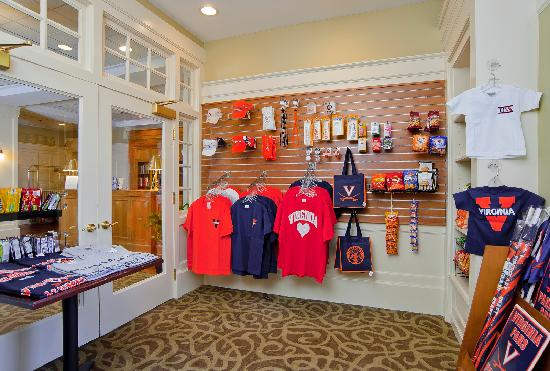 Cavalier Inn at the University of Virginia: Gift Shop