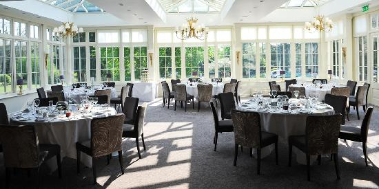 St Michael's Manor Hotel: Views from the Lake Restaurant at St Michael's Manor