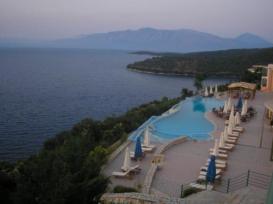 Spartochori, Grecia: pool at evening time