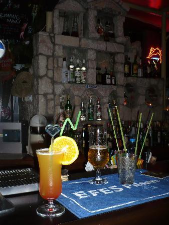 Pop In Restaurant & Cocktail Bar: delicious cocktails!