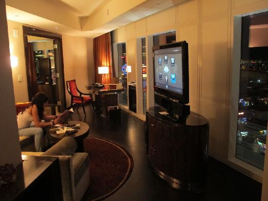 Mandarin Oriental, Las Vegas: our Strip view suite