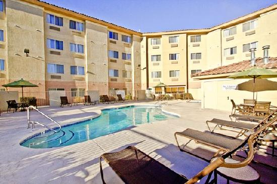 Fairfield Inn & Suites Albuquerque Airport: Relax in our heated pool and spa