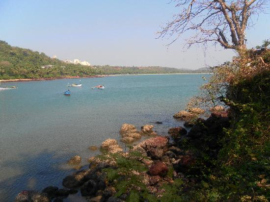 BEST WESTERN Devasthali Resort Goa: The sea at the end of the lane