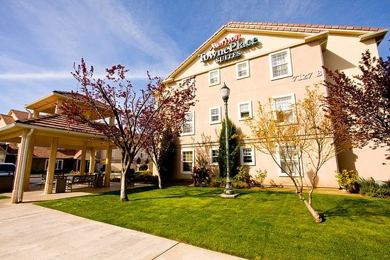 TownePlace Suites Fresno: Conveniently Located to Fresno State and Many Other Venues