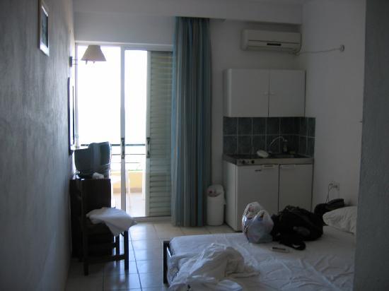 Creta Mare Hotel: View of the room