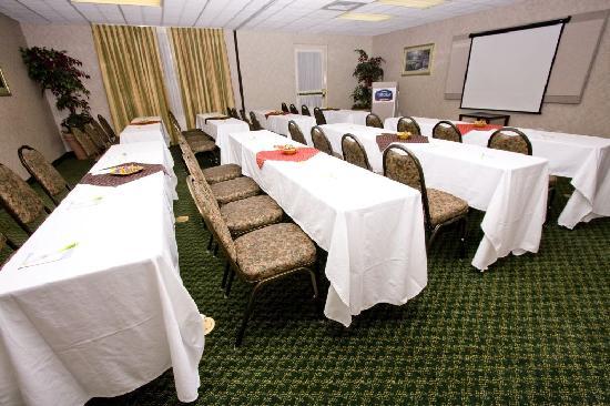 Fairfield Inn & Suites Rancho Cordova: Meeting Space Available