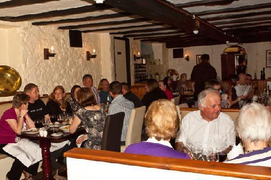 The Old Quarter Restaurant: Inside Veiw