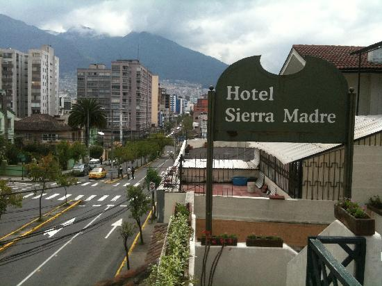 Hotel Sierra Madre: View from the roof terrace