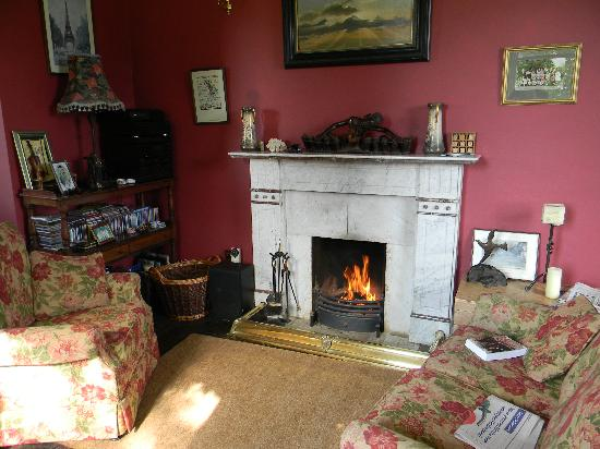Ardmore Country House: The reading room