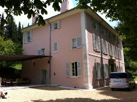 Aups, France: The outside of the house