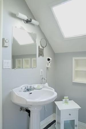 Barclay House Bed and Breakfast : An ensuite bathroom.