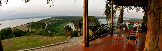 Mweya Safari Lodge: Mweya Lodge view from the Veranda