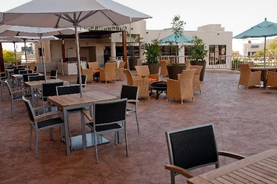 Embassy Suites by Hilton Tampa - Airport/Westshore: Outdoor Terrace