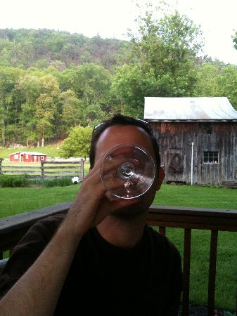 The Inn at Lost River: Wine on the deck