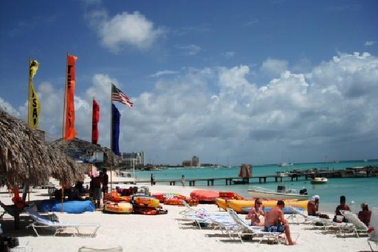 Palm beach adjacent to the surf club picture of marriott - Marriott aruba surf club 2 bedroom villa ...