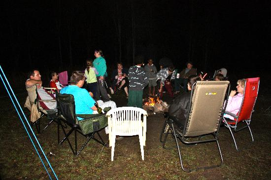 Mt Barney Lodge Country Retreat: Around the Campfire