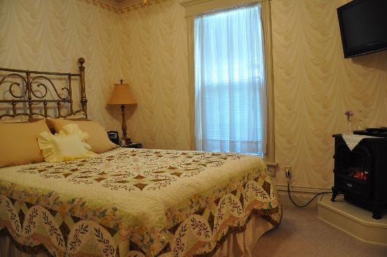 Garden Gate Bed and Breakfast : Vintage Rose