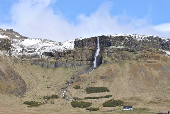 Time Tours : Waterfall along the route