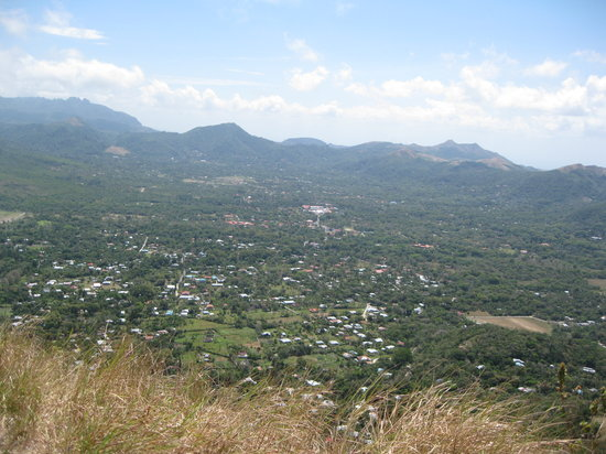 El Valle de Anton, Panama : View of the Valle de Anton from the Top of La India Dormida