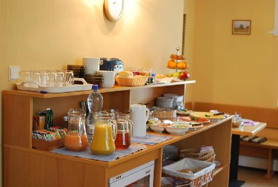 Lida Guest House: Breakfast