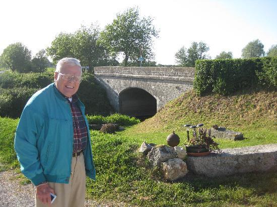 B&B a la Bataille de La Fiere : William J. Gross Sr. at La Fiere Bridge