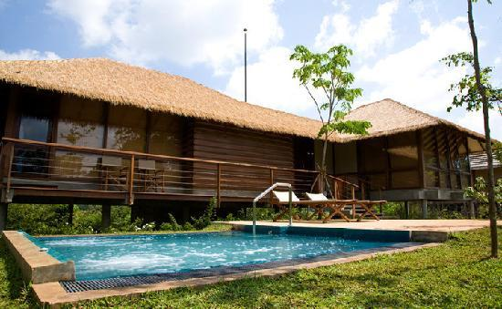 Uga Ulagalla : Chalets with its very own plung pool for that extra privacy