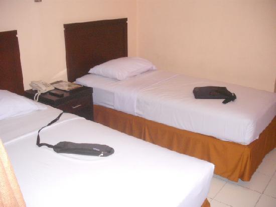 Malioboro Inn: Beds