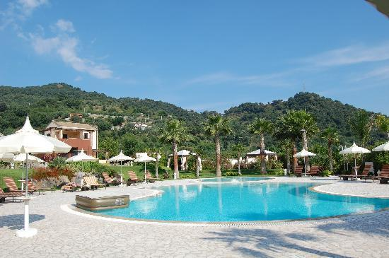 Gaggi, Italia: We had the pool to ourselves!