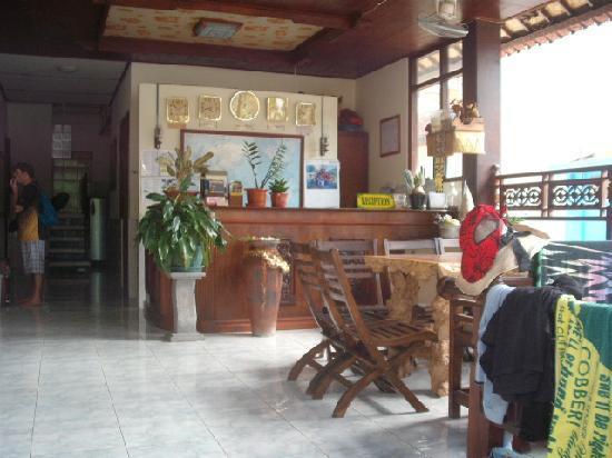 Kembar Inn: Foyer