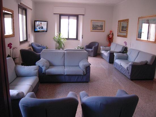 Hotel Perugina: salotti hotel