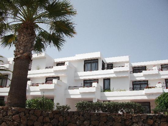 H10 Suites Lanzarote Gardens: Our room
