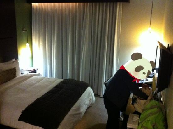 O Hotel: Deluxe Queen Room